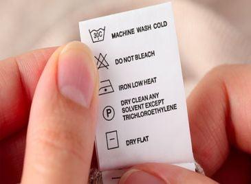 Giải mã các ký hiệu giặt ủi trên quần áo