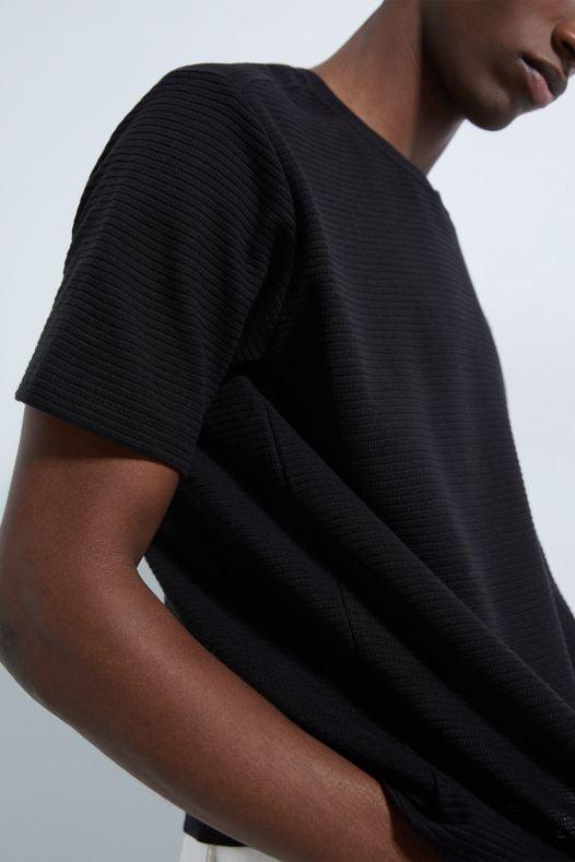 Áo Thun Nam Zara Long Textured Weave Shirt Black