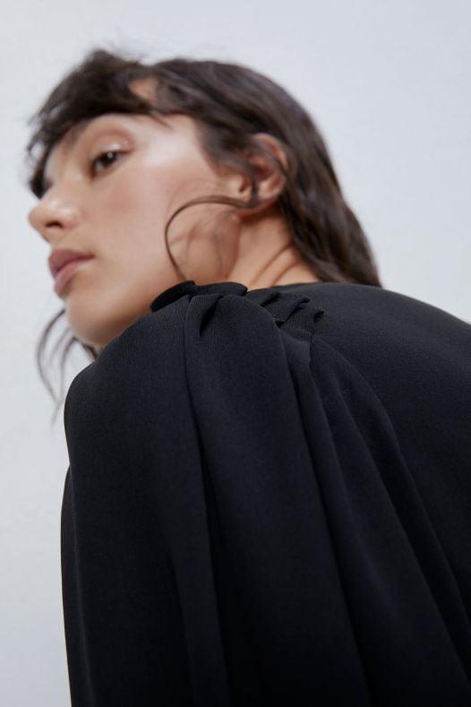 Đầm Nữ Zara Voluminous Sleeve Dress Black