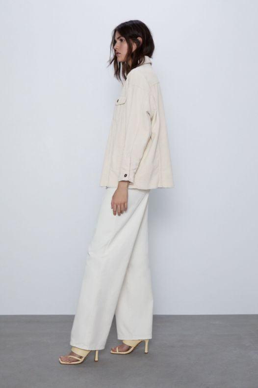 Áo Khoác Nhung Nữ Zara OverSized Corduroy OverShirt With Pockets Cream